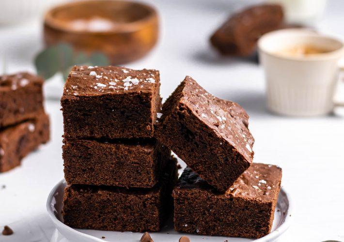 Brownie cu ciocolata