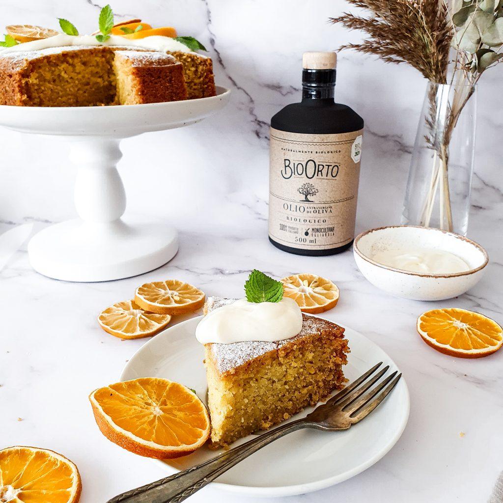 Tort cu ulei de masline si portocala