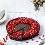 Tarta cu ciocolata si rodie