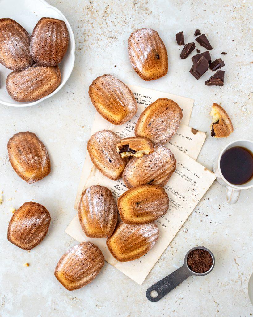 Madeleine cu ciocolata si cafea
